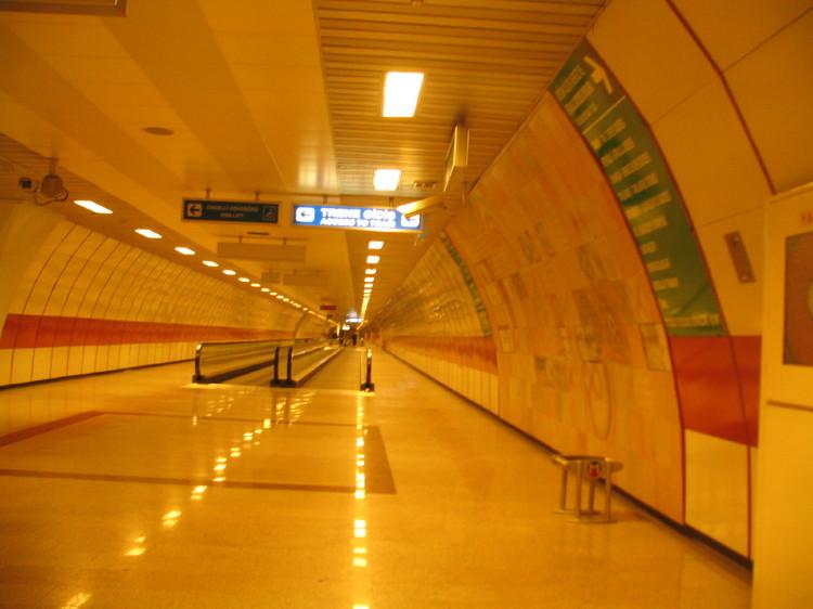 Metro [Enver ozsan]